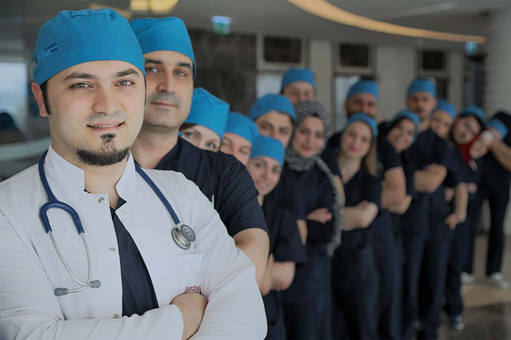 Facharzt für Haartransplantation Dr. Balwi