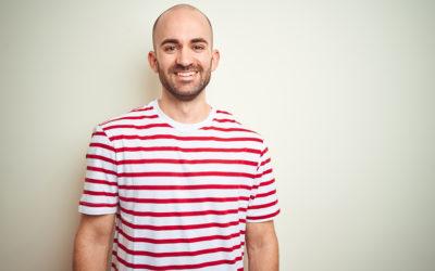 Glatze rasieren nach einer Haartransplantation