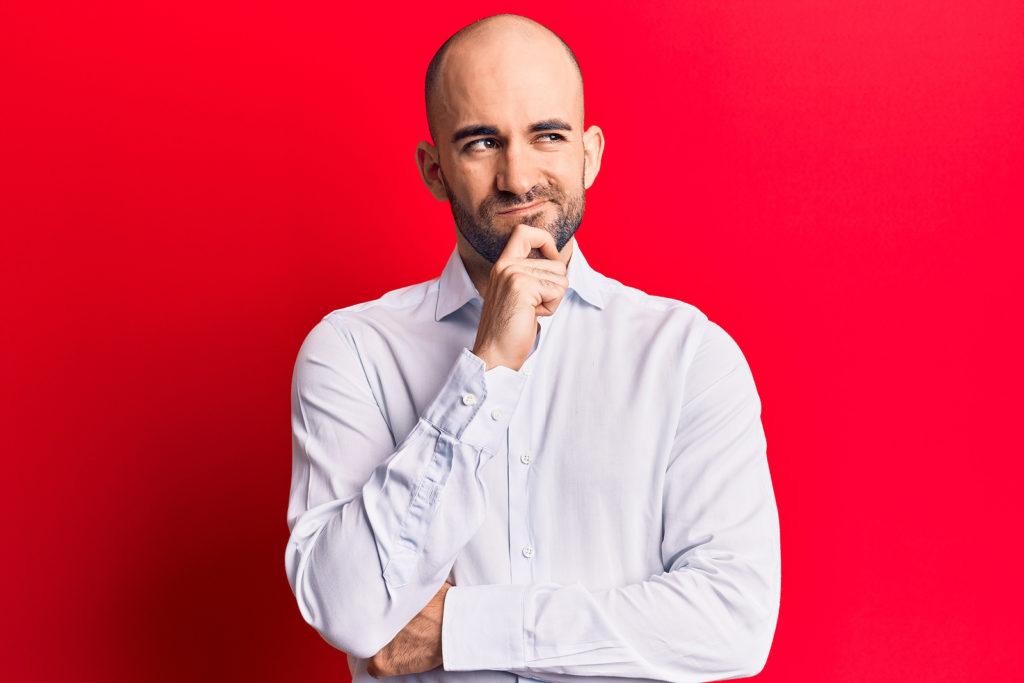 Ist eine Haartransplantation mit 20 Jahren sinnvoll?